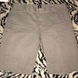 Gap gray shorts size 4 pre 💕